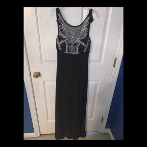 Windsor Black Prom Dress